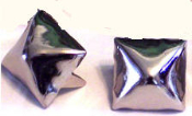 MEDIUM SILVER PYRAMID STUDS (PACK OF 20)