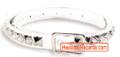 BELT - 1 ROW CHROME PYRAMID STUD ON WHITE LEATHER
