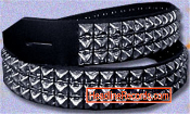 GUITAR STRAP - 3 ROW CHROME PYRAMIDS STUD ON BLACK LEATHER